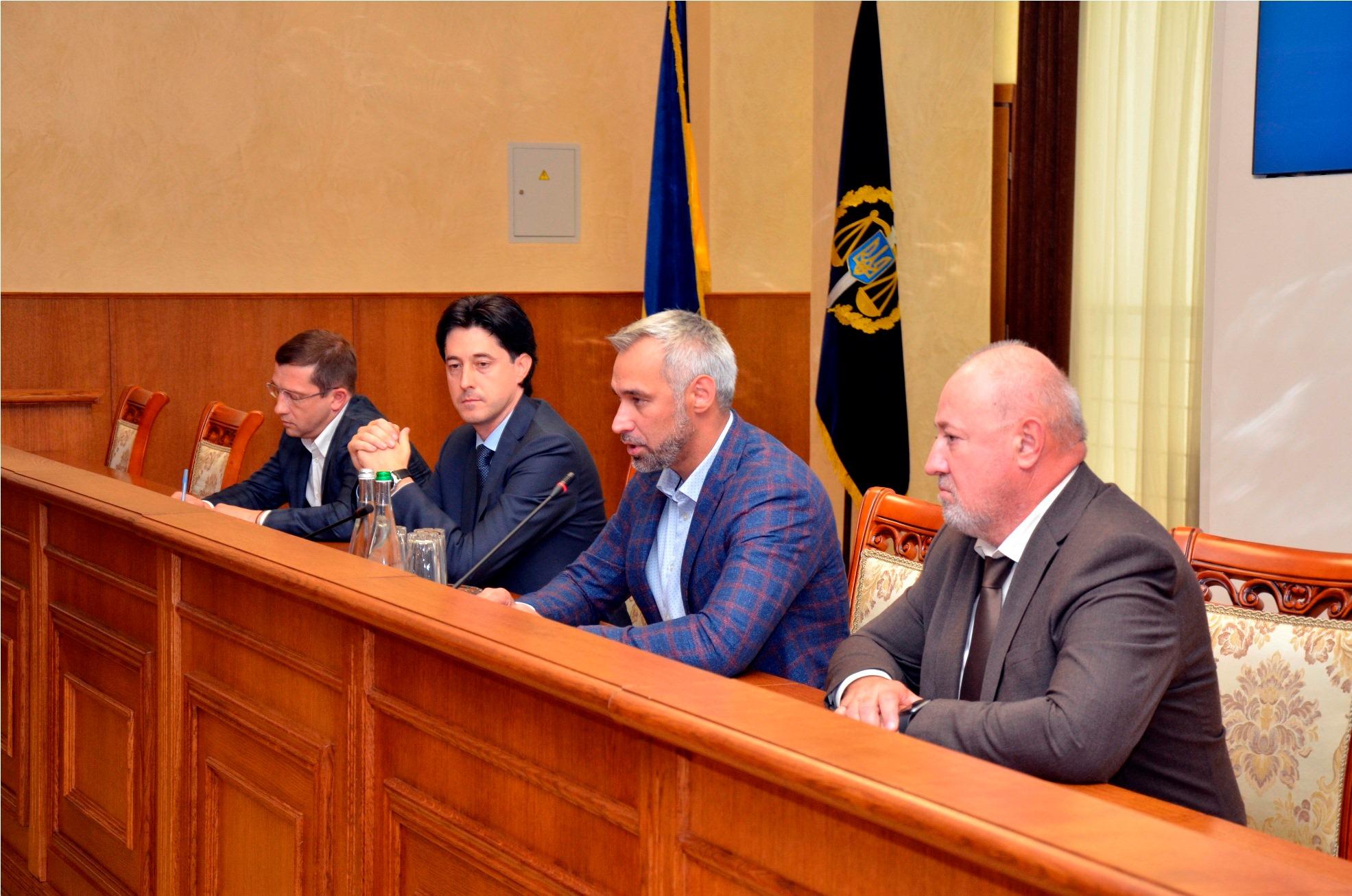 Судова практика розгляду адміністративних позовів прокурорів, звільнених Рябошапкою